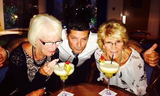 Iliada Beach Hotel: cocktails