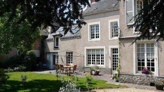 5 Grande Rue, Breakfast Room & TerraceBrakfat