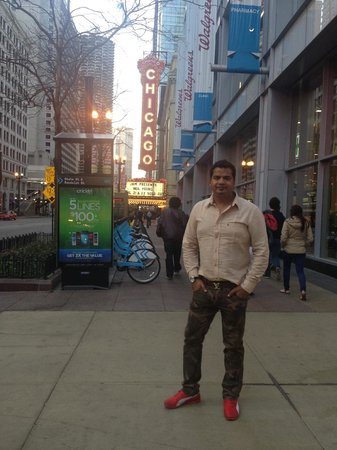 Chicago Opera Theater: Chicago Opera