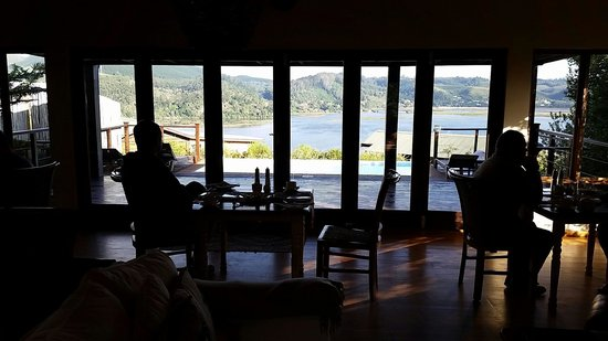Elephant Hide of Knysna Guest Lodge: Breakfast