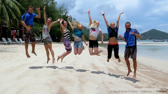 Coral Grand Divers : Group picture after the passed exam