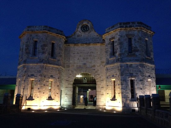 Fremantle Prison: The entrance - dusk