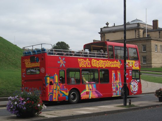 ‪City Sightseeing York‬