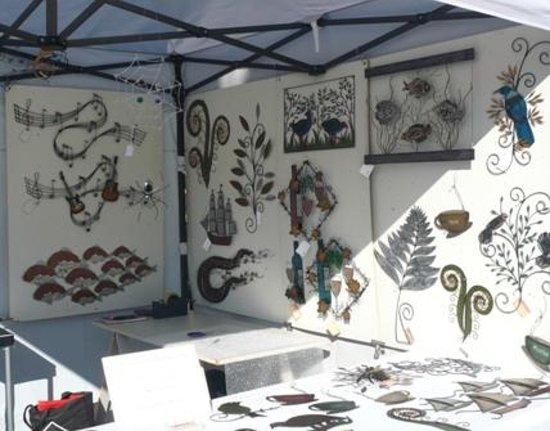 Nelson Saturday Market: 地元アーティストのお店