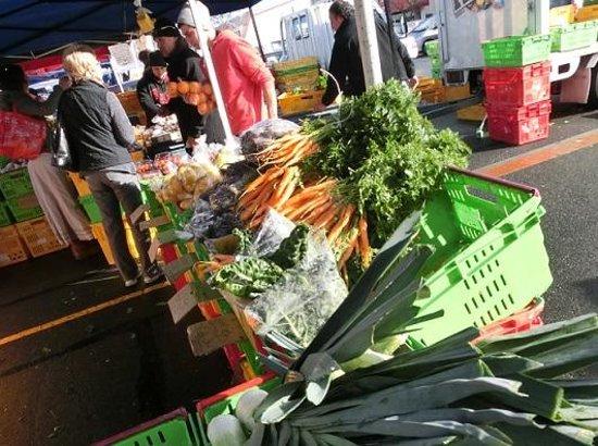 Nelson Saturday Market: 新鮮な野菜のお店