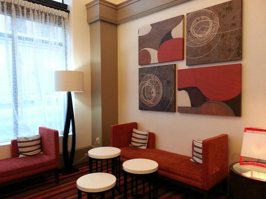 Hampton Inn & Suites Atlanta - Downtown : near the front desk