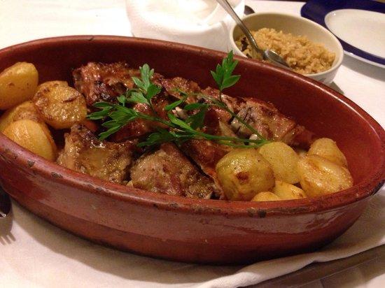 Restaurante Marques de Marialva: Cabrito assado no forno