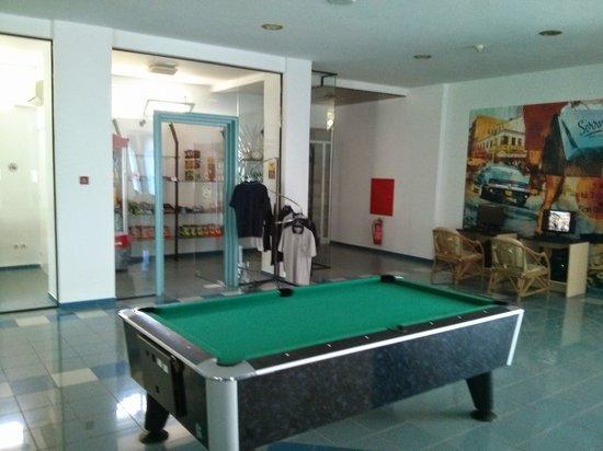 smartline Arion Palace : billard et mini market