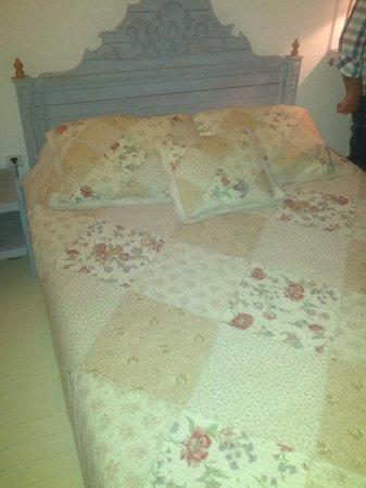Sardunaki Konak Otel: Comfortable beds