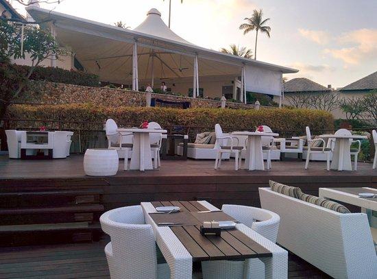 Kanda Residences: Rock Pool Restaurant