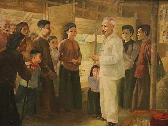Kunstmuseum (Bảo tàng Mỹ thuật Việt Nam): Uncle Ho pays a visit