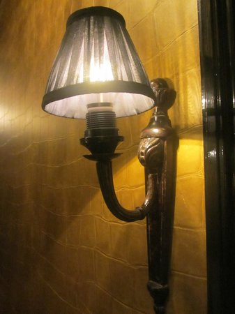 The Toren: Corridor lamp