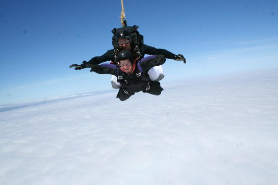 Skydive Hinton: A mouth full of air!