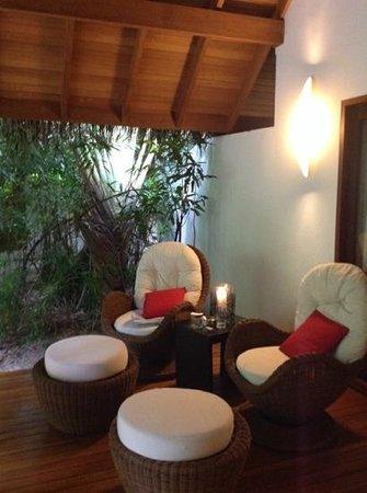 Baros Maldives: cosy area veranda at The Residence