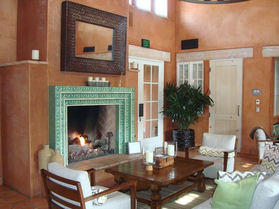 Rancho Valencia Resort & Spa: Spa Lounge