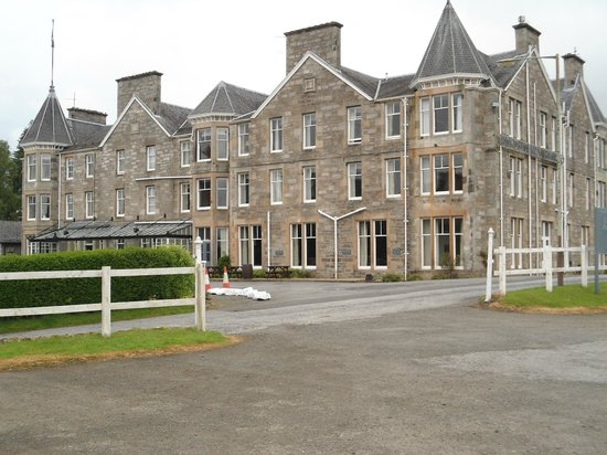 The Pitlochry Hydro Hotel: Hotel Front View