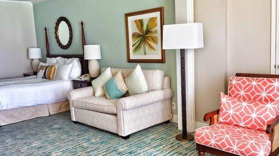 Grand Cayman Marriott Beach Resort: Spacious oceanfront room