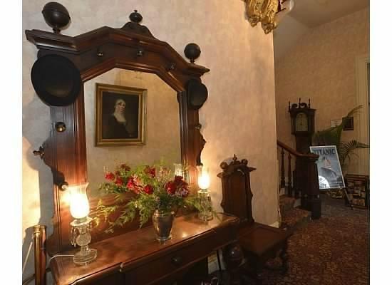 John Harris-Simon Cameron Mansion: The entrance hall.
