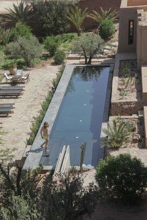Kasbah Ait Ben Moro : The super chic swimming pool