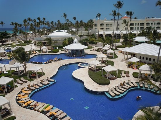 Iberostar Grand Hotel Bavaro: Pool area from above