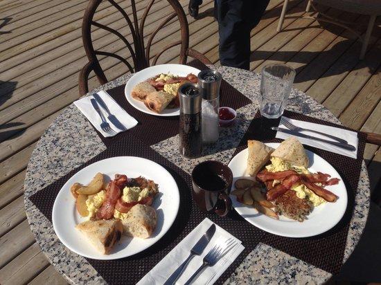 Six Mile River Resort: Breakfast homemade