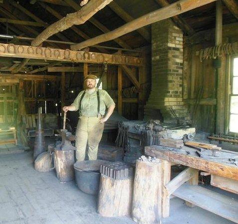 Wade House : Blacksmith Shop