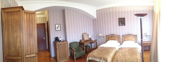 Hotel Kopala : Room in the first building