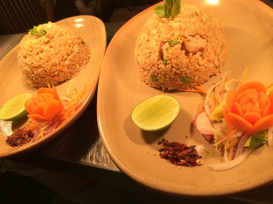 Golden Elephant Thai Cuisine : Thai Fried Rice with Chicken