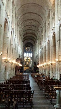 Basilique Saint-Sernin : Intérieur de la basilique