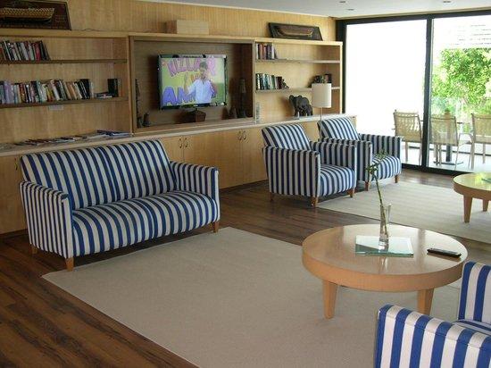 D-Resort Grand Azur: TV und Leseraum