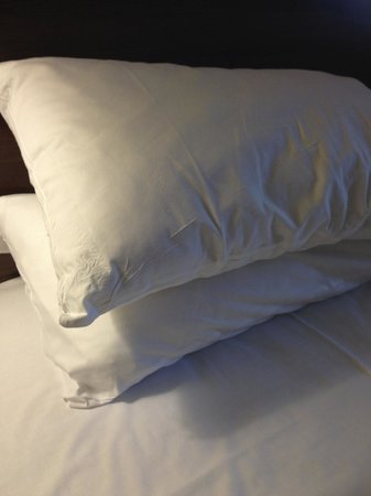Days Inn Wetherby: spotless lovely fresh pillows