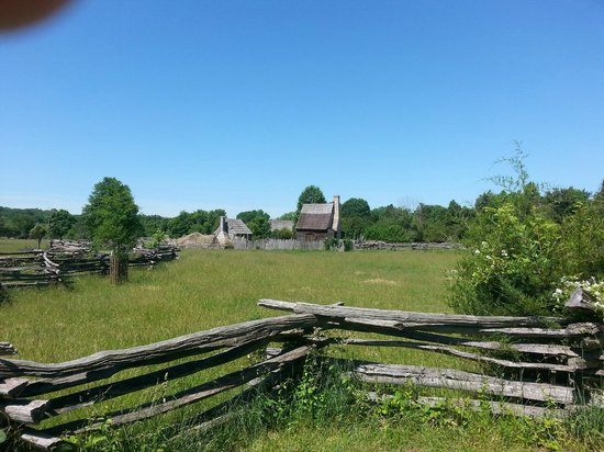 National Colonial Farm: Distant view of the farm