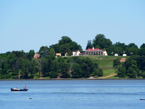 National Colonial Farm: Mt Vernon across the Potomac (an interesting contrast to the farmer's house)