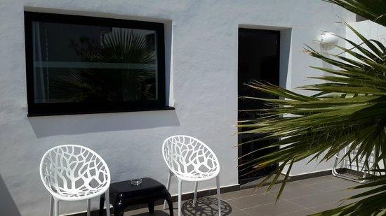 Migjorn Ibiza Suites & Spa : terrasse
