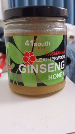 41 South Salmon and Ginseng Farm and Cafe: 人參蜜糖