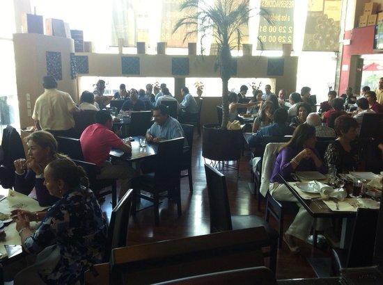 Restaurante La Santa Sed: Jueves en la santa sed