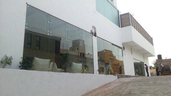 Hotel Chennai Le Palace: Lobby