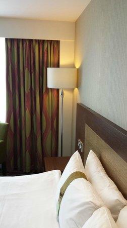 Holiday Inn London - Wembley : Holiday Inn Wembley - Room view