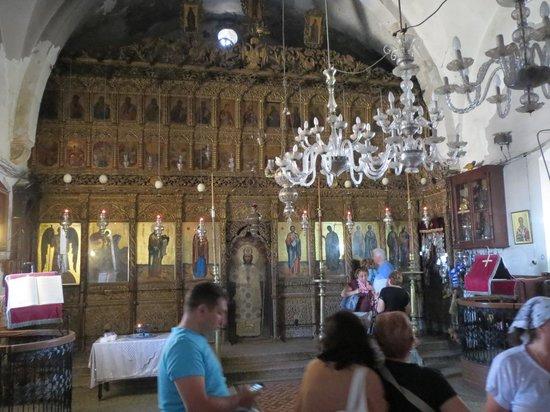 Andreaskloster: Apostolos Andreas Manastırı kilisesi içi