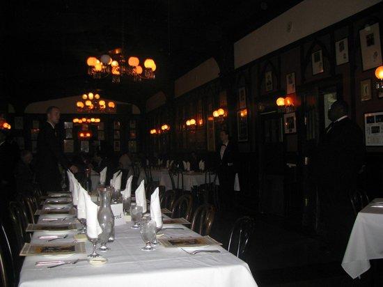 Antoine's : Fine Dining