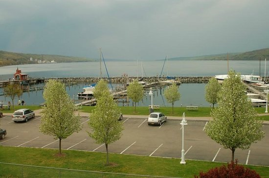 Watkins Glen Harbor Hotel: View from our Room