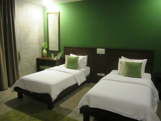 KETAWA Stylish Hotel: Forest green room- 2nd Floor