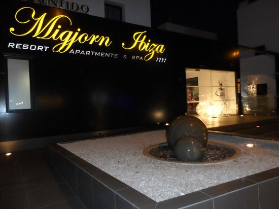 Migjorn Ibiza Suites & Spa: welcome !