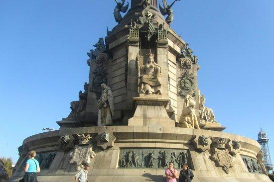 Columbus Monument : Monumento di Colombo (sotto)