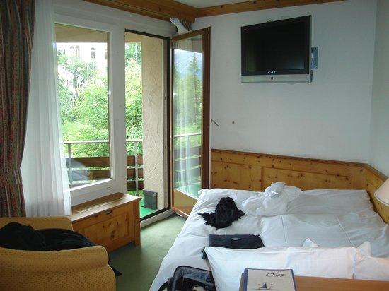 Alpenhotel Quadratscha: uma vista gostosa com sacada para as montanhas