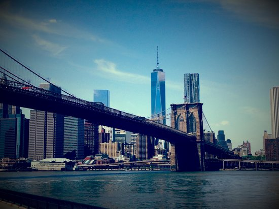 Manhattan Bridge: Bridge