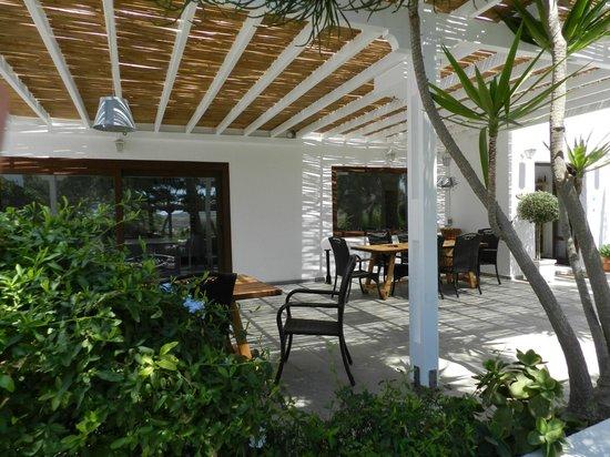 Santa Maria Luxury Suites & Spa: Breakfast area