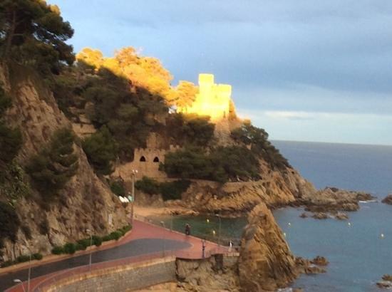 Hotel Rosamar Maxim - Adults Only : the castle at lloret de mar
