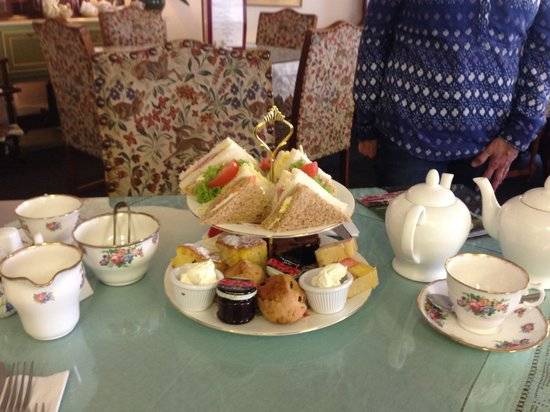 Out Rawcliffe, UK: Afternoon tea for two