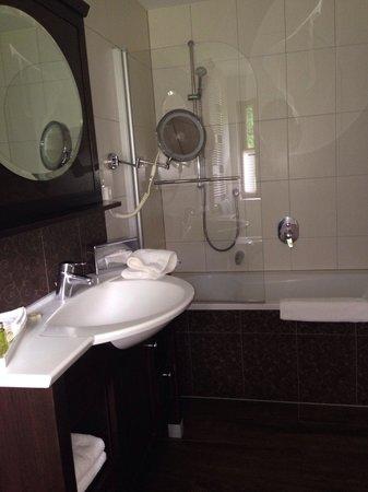 Burghotel : Banheiro